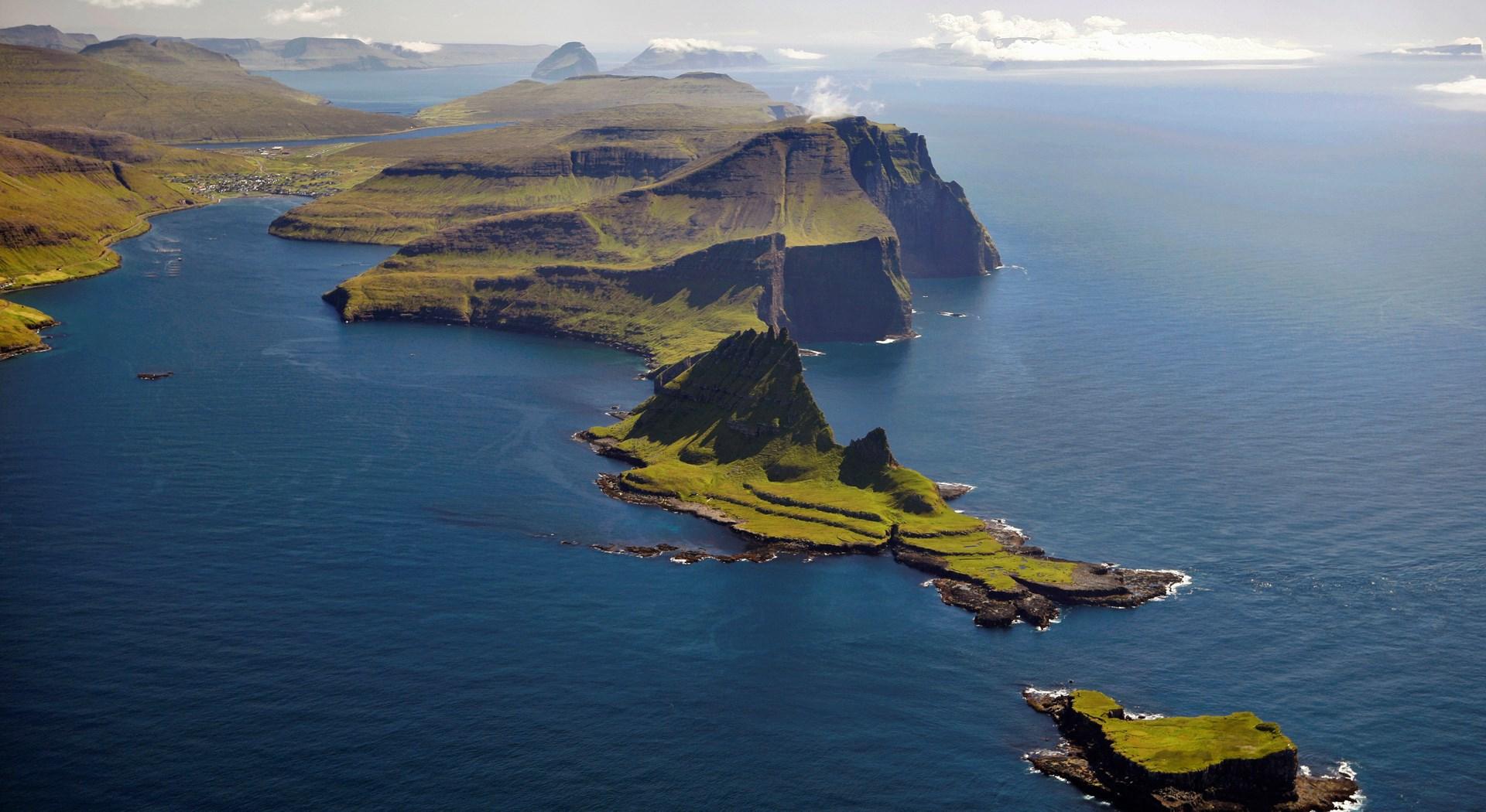 Reise Island Buchen